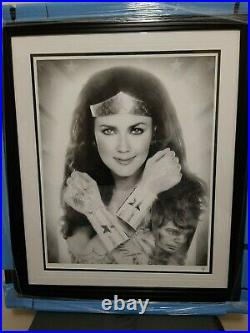 JJ Adams Signed Limited Edition WONDER WOMAN in BLACK/WHITE, 2018 with COA