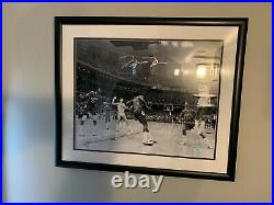 Michael Jordan signed 16x20 photo/limited Edition With Upper deck COA